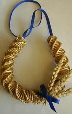blue ribbon corn dolly horseshoe