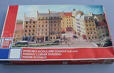 U572 JOUEF maquette ancienne Ho 05 1052 00 immeuble modulaire d'angle toit zinc