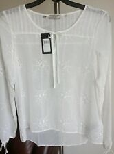 Guess Nwt women's Knit top size Medium Msrp $79.00