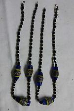 lot de 2 collier vintage  perles en verre très originales à voir