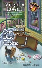 A Cookie Cutter Shop Mystery: One Dead Cookie 4 by Virginia Lowell (2013,...
