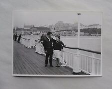 c1965 B/W Photograph. Man & Woman (Lovers/ Couple) on Bournemouth Pier, Dorset