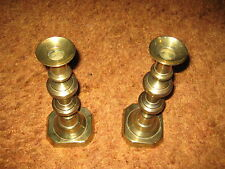 PAIR OF ANTIQUE GEORGIAN BRASS CANDLESTICKS WITH EJECTOR ROD
