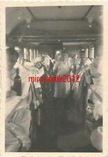 Foto, erst Inft. Regt. 53, dann Schutzpolizei Weimar, Im Lazarettzug   Detmold
