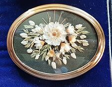 OLD VINTAGE JEWELLERY GORGEOUS LUCITE OVAL REAL FLOWER BROOCH SHAWL PIN