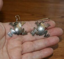Kit Carson  Sterling Silver Frog Earrings, just too CUTE!