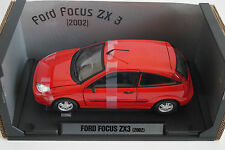 Motormax Modellauto 1:18 Ford Focus ZX 3 2002 *in OVP*