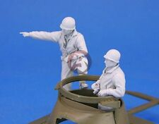 Legend 1/35 US M8 Greyhound Armored Car Crew Set WWII (2 Figures) [Resin] LF0114