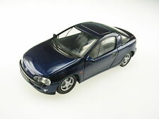 Opel Tigra A in dunkel blau bleu dark blue metallic, Schuco in 1:43!