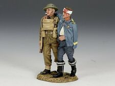 King & Country Soldiers WWII Prisoner And Escort 1/30 Collectible Figures FOB078