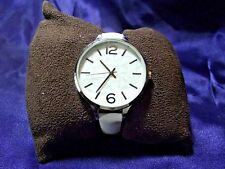 Woman's Quartz Watch with Oversized Mosaic Face **Nice** B25-918