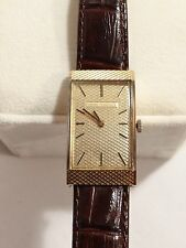 COLLECTIBLE VINTAGE GIRARD PERREGAUX MEN'S WRIST WATCH 18K CASE W/LEATHER STRAP