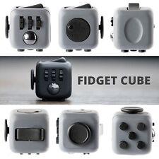 Fidget Cube Giocattolo concentrarsi attenzione ridurre lo stress  ADHD e AUTISMO