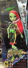 *Monster High* HAIR-RAISING GHOULS VENUS MCFLYTRAP DOLL SET- Electrified!!
