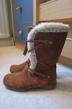 super girls CLARKS tan suede/fur long winter boots.SIZE 13.5,1/2 F.half.VGC