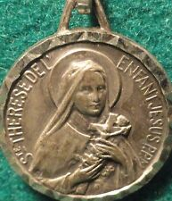 ST THERESE OF LISIEUX / BASILICA OF LISIEUX Vtg MEDAL