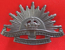 AUSTRALIAN ANZAC WW1 & WW2 RISING SUN UNIFORM HAT OR CAP BADGE MEDAL 1