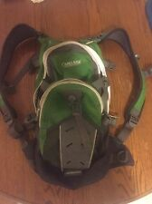 CAMELBAK  M.U.L.E GREEN & GRAY HYDRATION BACKPACK LQQK!!