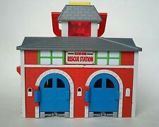 Thomas and Friends Take Along Sodor Rescue Station Works!!
