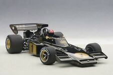 Autoart LOTUS 72E FITTIPALDI #1 W/DRIVER FIGURINE FITTED COMPOSITE 1/18 In Stock