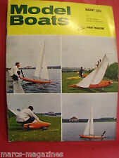MODEL BOATS AUGUST 1971 RC PEDALO TATRA HELGOLAND ROYAL ALBERT