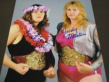 WWF WRESTLING CHAMPS JUDY MARTIN & LIE LANI KAI AUTO SIGNED RARE PHOTO W/COA