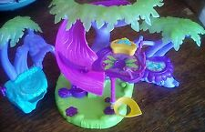 Sega Spinmaster Zoobles Razoo's Treehouse Playhouse