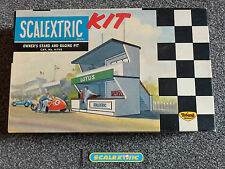 Scalextric Vintage 1960s Owner's Stand & Racing Pit K702 (SUPERB) UN-BUILT BOXED