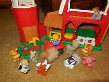 FISHER PRICE LITTLE PEOPLE FARMER ANIMALS SOUND SILO STABLE FARM BARN TRUCK LOT