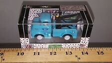 1/64 M2 MACHINES AUTO-TRUCKS 1956 FORD COE TOW TRUCK TURQUOISE B52