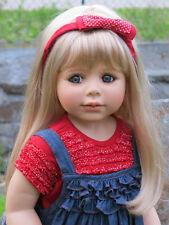 Masterpiece Dolls Ann Blonde Wig, Fits 19 1/5 Inch Head.