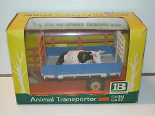 VINTAGE BRITAINS FARM No 9568 ANIMAL TRANSPORTER FARM CART w/ COW MIB VERY RARE