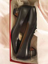 Salvatore Ferragamo Womens Anthracite Baguette Black Pumps 9AAAA NWB
