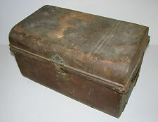 Antique/vintage industrial metal box/coffre/coffre/home stockage/table de café