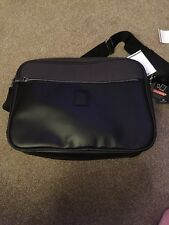 IT Luggage 'Downtown' Executive Business Messenger Bag Black New With Tags