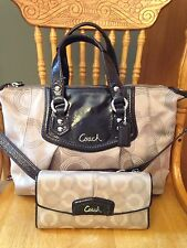 COACH ASHLEY CONVERTIBLE OP ART Carryall  Bag F20027 &  MATCHING WALLET MSRP$606