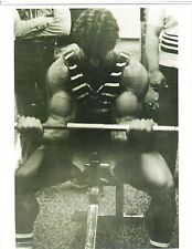MIKE MENTZER Bodybuilding Golds Gym Workout Barbell Curls Photo B+W