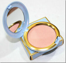 New Mac Cinderella COUPE D'CHIC IRIDESCENT PRESSED POWDER SHIPS NOW