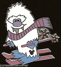 Disney Pin: WDW Hidden Mickey 2011 - Cute Yeti Series: Yeti Skiing