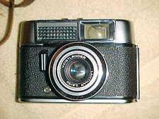 vintage VOIGTLANDER VITO - X-CLEAN  Classic German Camera