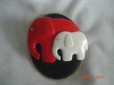 CUTE! Vtg. RED Mama ELEPHANT with WHITE Baby MOVING EYES Plastic HAIR BARRETTE