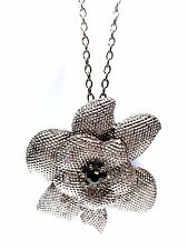 LADIES ELEGANT GUN SILVER FLORAL NECKLACE HUNKY UNIQUE  BRAND NEW (ST42)