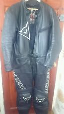 Mens Dainese leather 2 piece motorcycle (bike) suit  Two peice - Great Condition