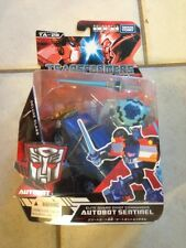 Takara Tomy Transformers Animated Deluxe Class Autobot Sentinel Brand New