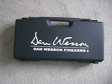DAN WESSON PISTOL CASE