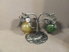 VINTAGE HANGING HOBNAIL GLASS OWL SALT PEPPER SHAKERS YELLOW AND GREEN
