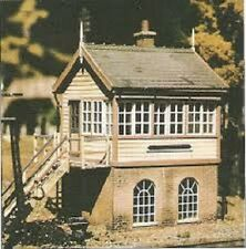 Ratio UK Great Western Railway Signal Box kit OO  HO scale  No. 500