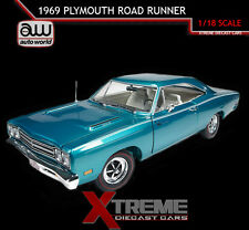 AUTOWORLD AMM1035 1:18 1969 PLYMOUTH ROAD RUNNER 383 TURQUOISE BLUE DIECAST CAR