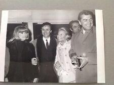 MICHÈLE MORGAN, MIREILLE DARC, JEAN MARAIS  - Photo de presse originale 18x13cm