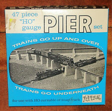 ATLAS - 47 pc OVER & UNDER #80 PIER SET - OB - (C) - HO TRAIN